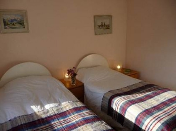 The Flat has two double bedrooms, which can be arranged with double or twin beds